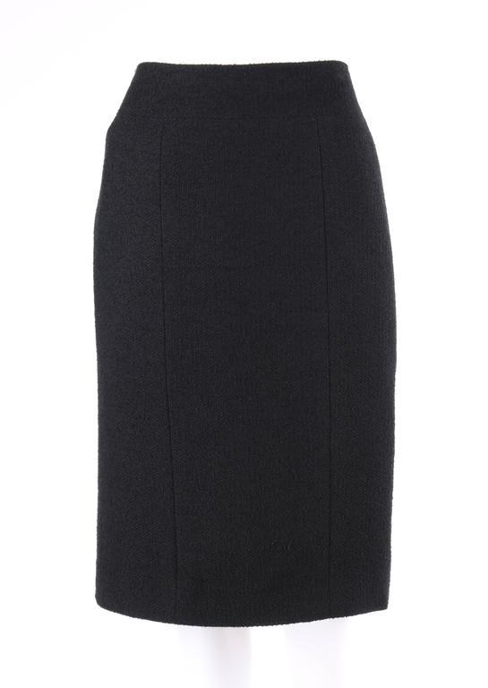 CHANEL A/W 1998 2 Piece Classic Black Boucle Wool Blazer Pencil Skirt Suit Set For Sale 1