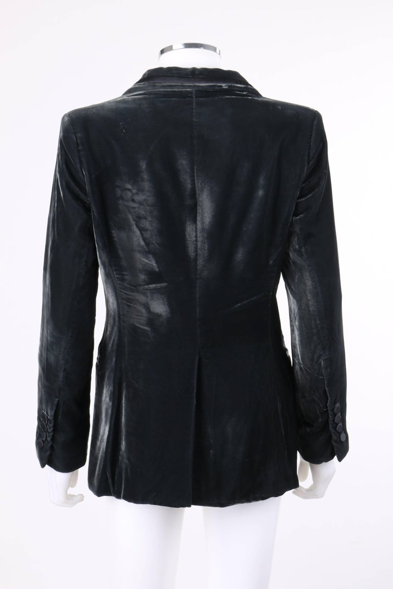 Women's GUCCI A/W 2004 TOM FORD Charcoal Gray Velvet Peak Lapel Tuxedo Jacket Blazer For Sale