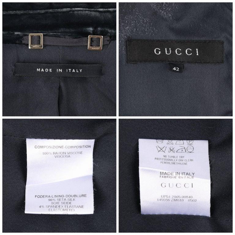 GUCCI A/W 2004 TOM FORD Charcoal Gray Velvet Peak Lapel Tuxedo Jacket Blazer For Sale 3