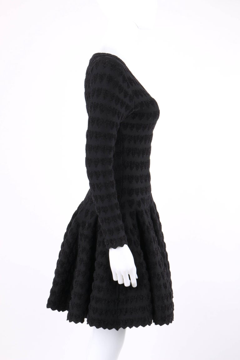 ALAIA Paris Black Heart Patterned Knit Fit & Flare Cocktail Dress In New Never_worn Condition For Sale In Thiensville, WI