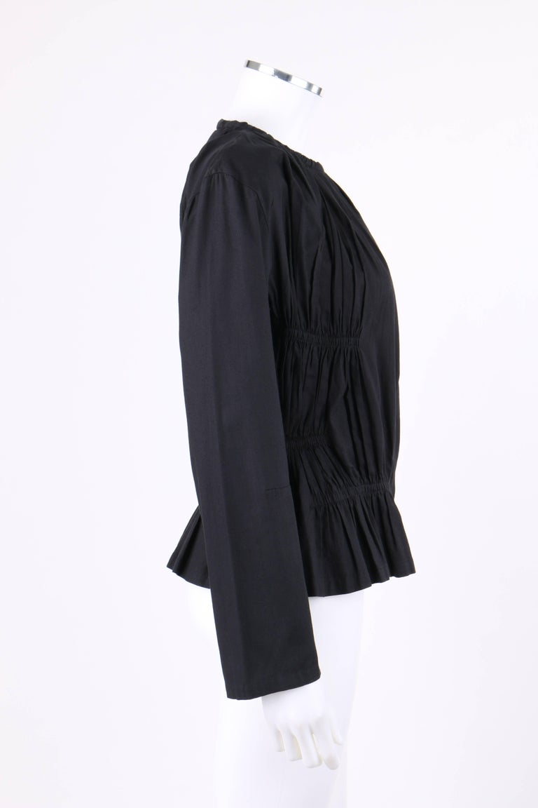 ISSEY MIYAKE Black Gathered Detail Zip Front Jacket In Excellent Condition For Sale In Thiensville, WI