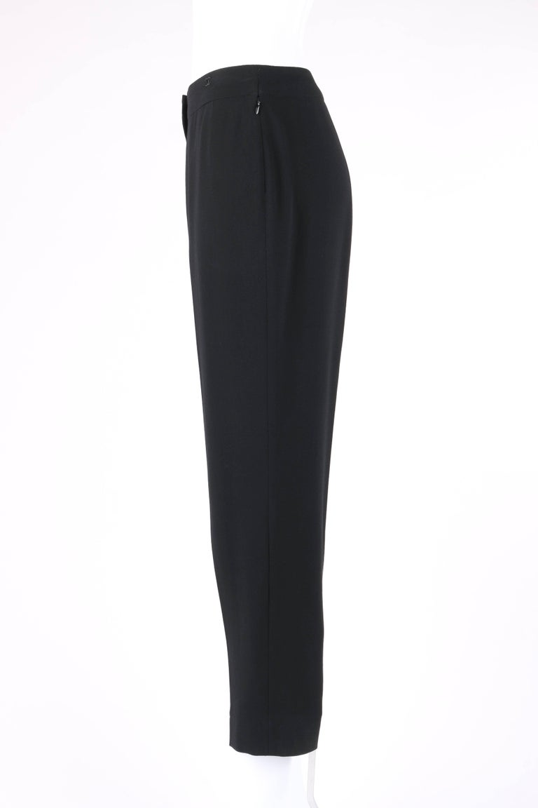 CHANEL S/S 2003 Classic Black Wool Slim Cut Cropped Pants Trousers For Sale 1