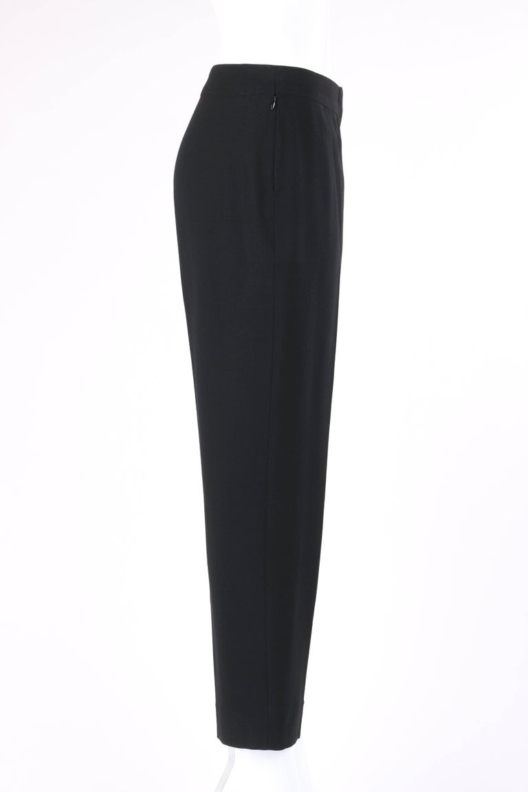 CHANEL S/S 2003 Classic Black Wool Slim Cut Cropped Pants Trousers In Excellent Condition For Sale In Thiensville, WI