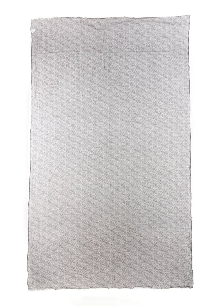 Brunello Cucinelli 100% Cashmere Gray Raw Rolled Edge Large Oblong Wrap Scarf For Sale 1