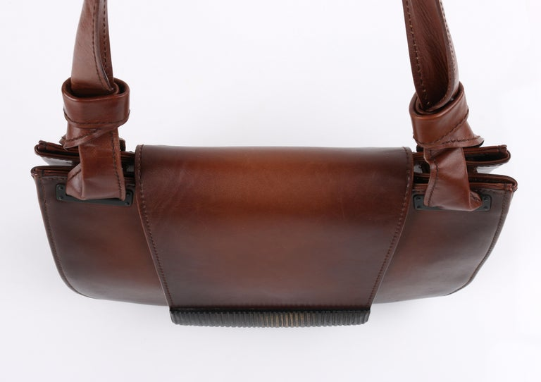 GUCCI Brown Leather Carved Bamboo Wood Flap Top Shoulder Bag Purse For Sale 4