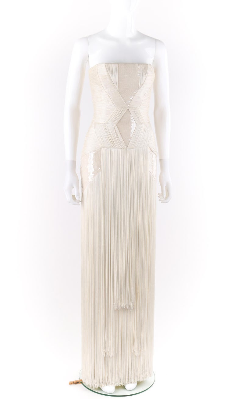 Atelier VERSACE S/S 2011 White Sequin Embellished Fringe Art Deco Evening Gown In Good Condition For Sale In Thiensville, WI