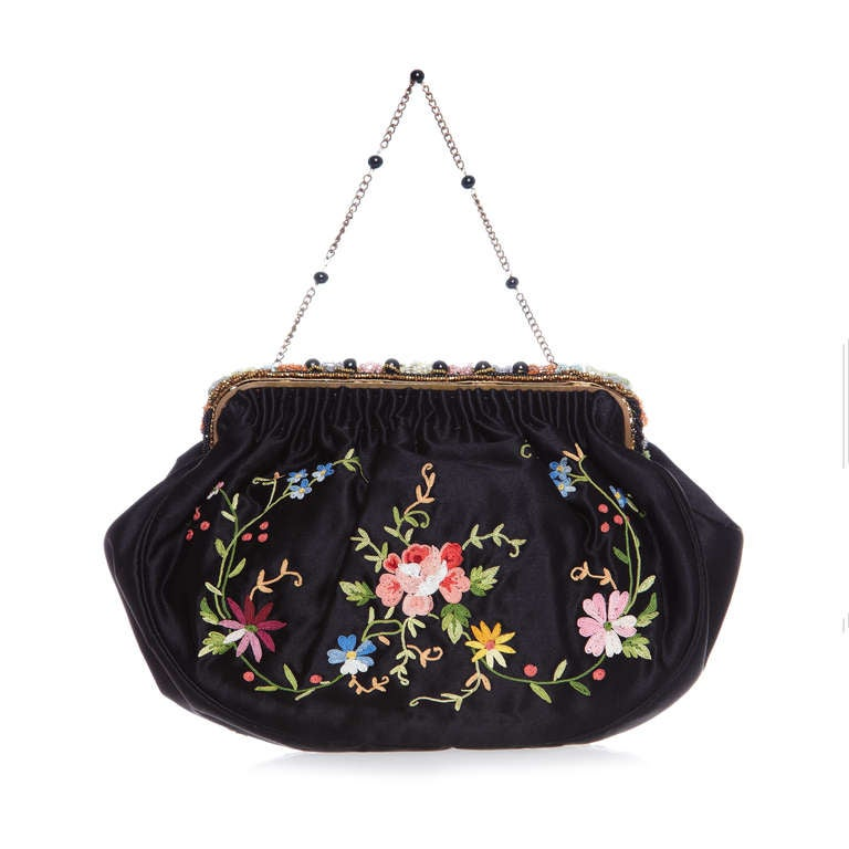 1920s French Black Silk Bag With Floral Embroidery & Hand Beadwork Frame 2