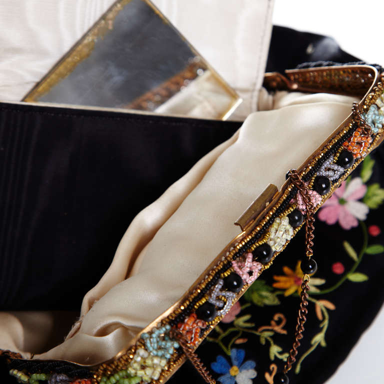 1920s French Black Silk Bag With Floral Embroidery & Hand Beadwork Frame 4