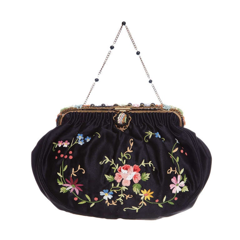 1920s French Black Silk Bag With Floral Embroidery & Hand Beadwork Frame 1