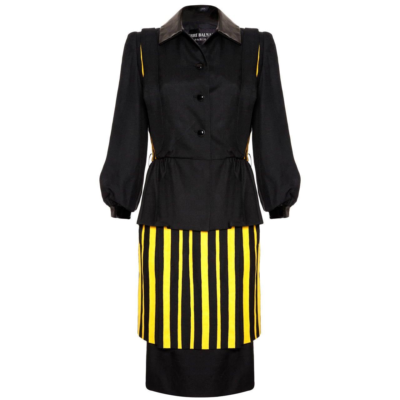 """1980s Haute Couture Balmain Linen """"Wasp"""" Suit For Sale"""