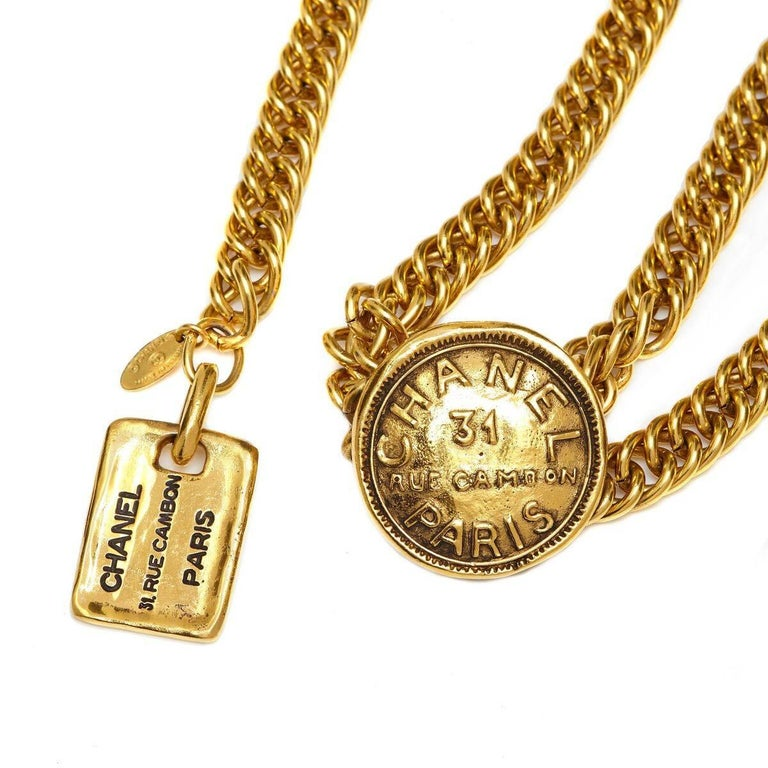 Brown Chanel 1980s 31 Rue Cambon Gold Chain Belt with Embossed Medallions & Dog-tag For Sale
