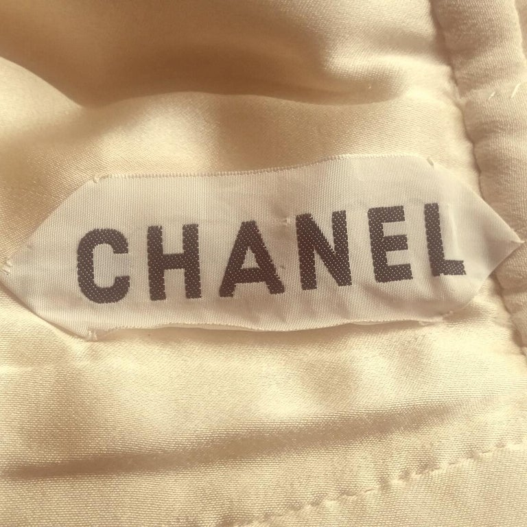Women's Chanel Haute Couture Bridal Cream Dress Suit With Lace Overlay, 1980s  For Sale