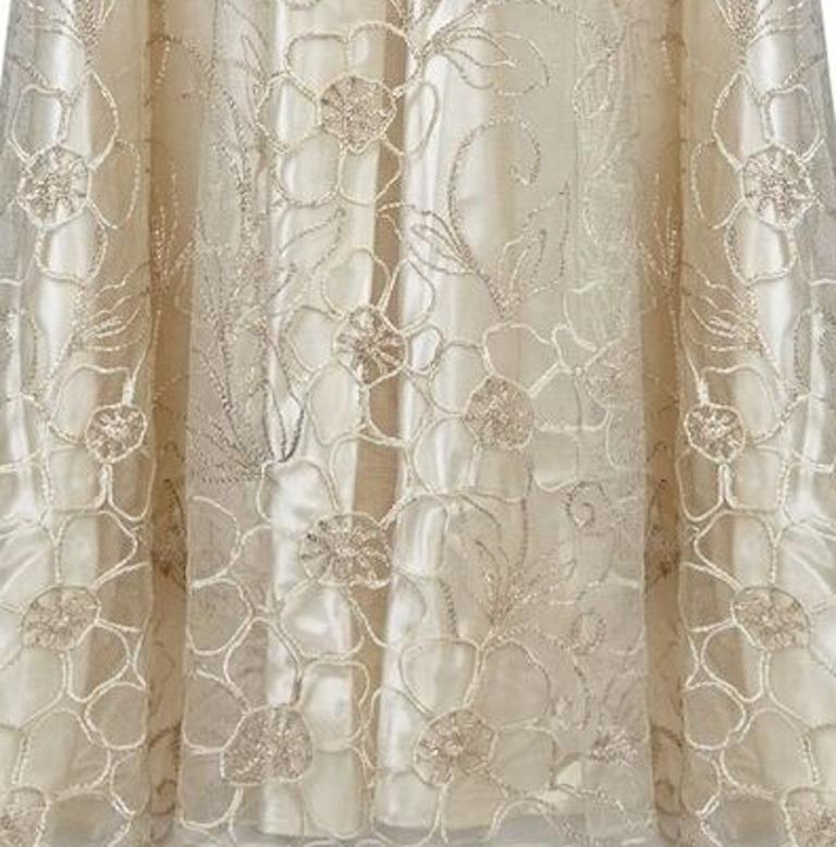 Late 1950s Ivory Wedding Dress With Delicate Embroidery Sold With Original Box For Sale 1