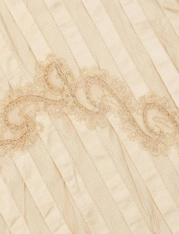 Victorian Cream Silk Cape 6