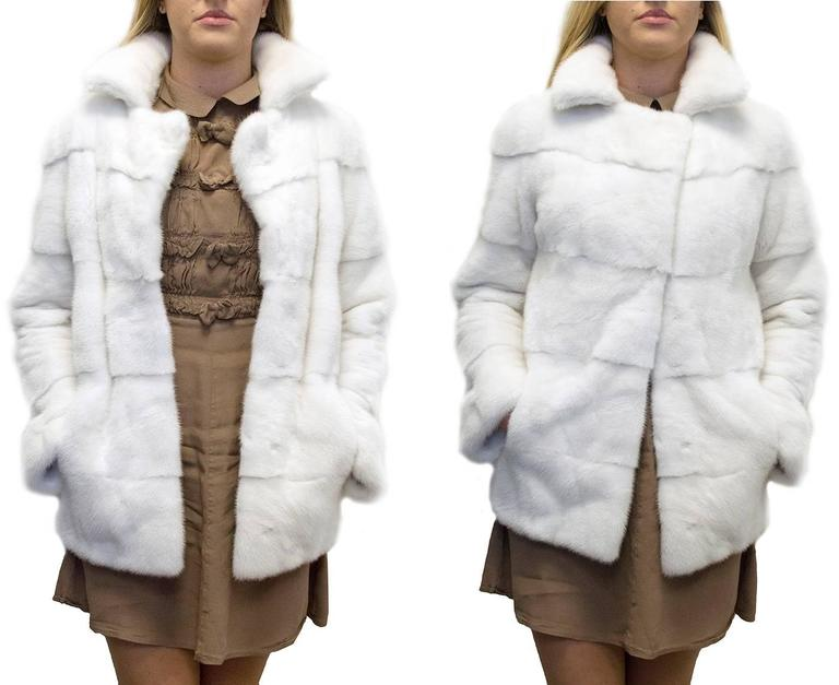 Lilly e Violetta White Natural Mink Fur Coat 2