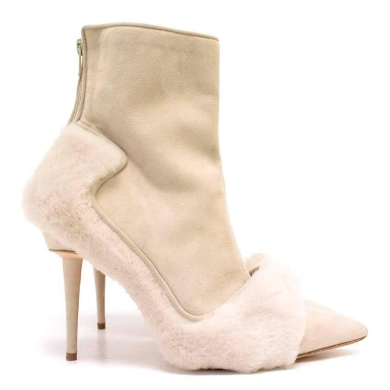 Manolo Blahnik Cream Pointed Boots With Shearling Fur And Suede 2