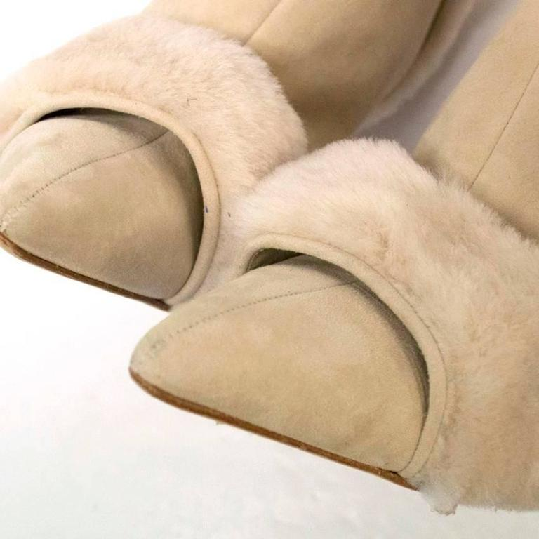 Manolo Blahnik Cream Pointed Boots With Shearling Fur And Suede 9