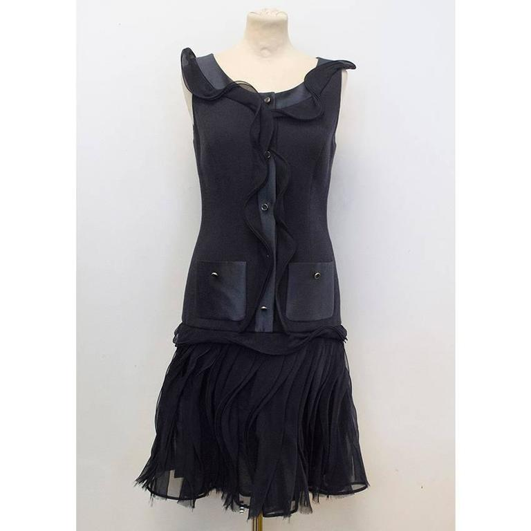 Oscar de la Renta Buttoned Dress with Pockets 3