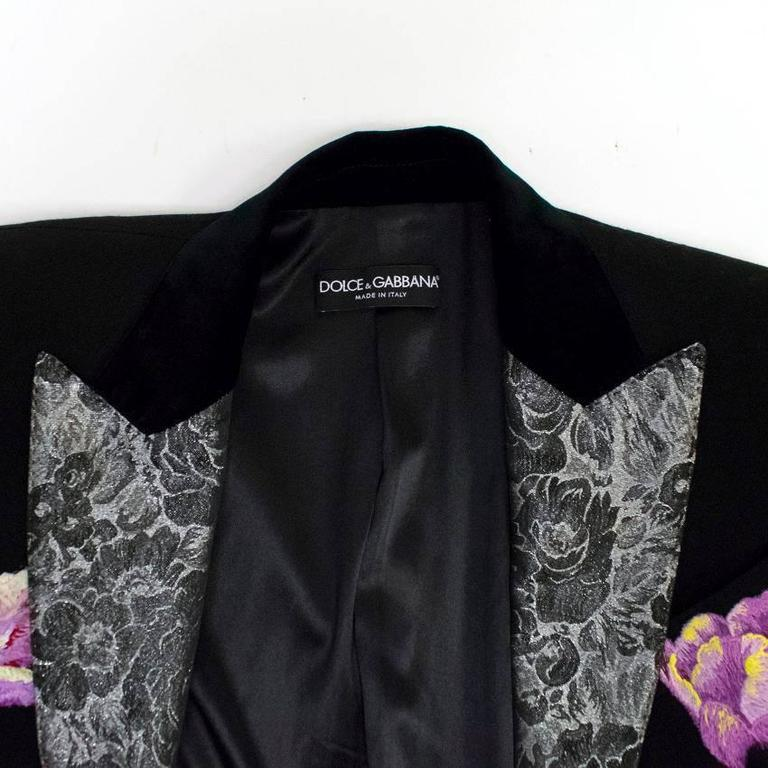 Dolce & Gabbana Black Wool Long Blazer with Embroidery In Excellent Condition For Sale In London, GB