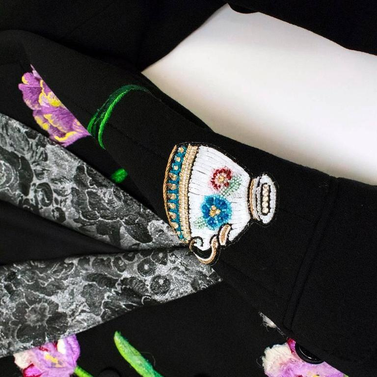 Dolce & Gabbana Black Wool Long Blazer with Embroidery For Sale 6