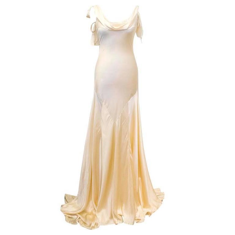 Luisa Beccaria Cream Silk Wedding Gown 1
