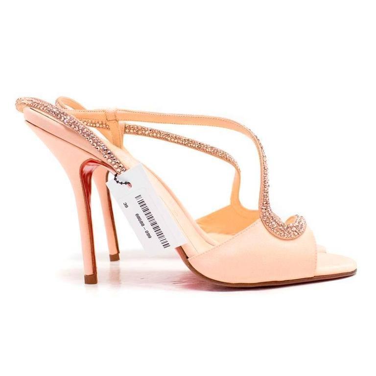 So Kate Nude Christian Louboutin Pumps Shoes : Christian Louboutin Shoes Outlet Sale 40-70% OFF!