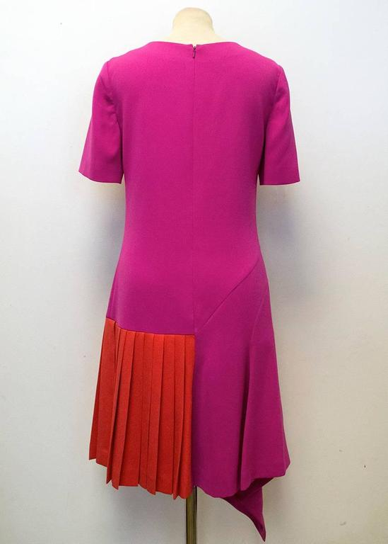 Oscar de la Renta Fuchsia Pink Dress With Red Pleat Insert 4
