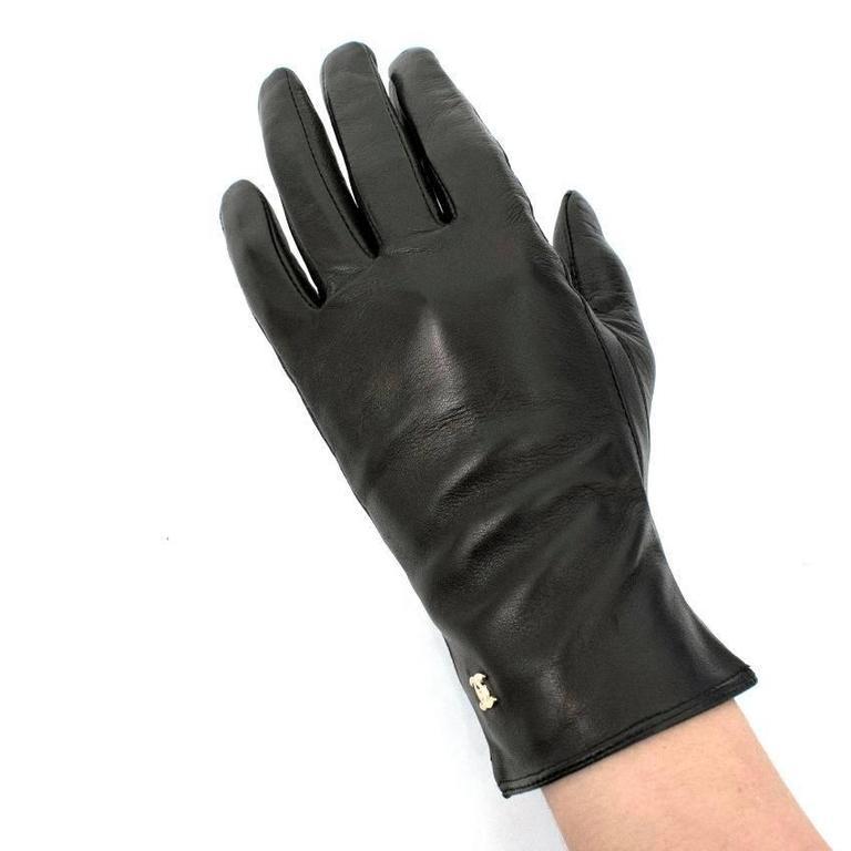 Chanel Black Leather Gloves For Sale at 1stdibs