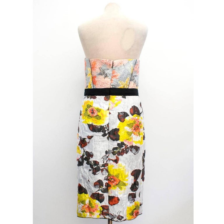 Oscar de la Renta Floral Strapless Dress In New never worn Condition For Sale In London, GB