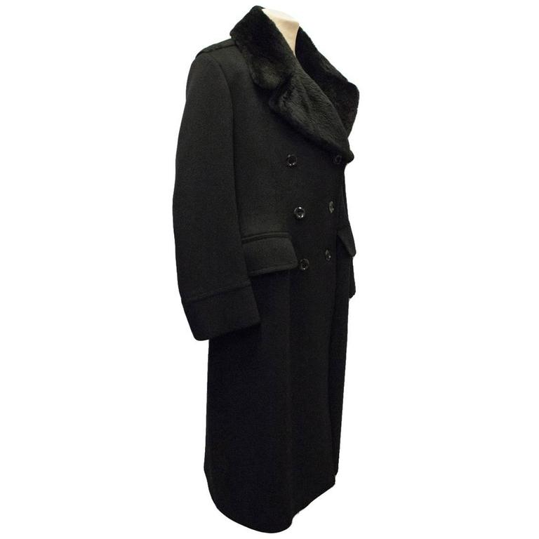 Tom Ford Men's Black Cashmere Coat with Beaver Fur Collar at 1stdibs