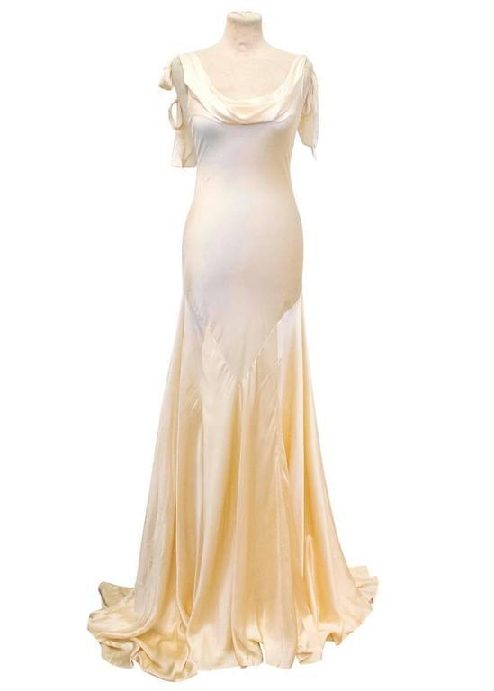 Luisa Beccaria Cream Silk Wedding Gown 2