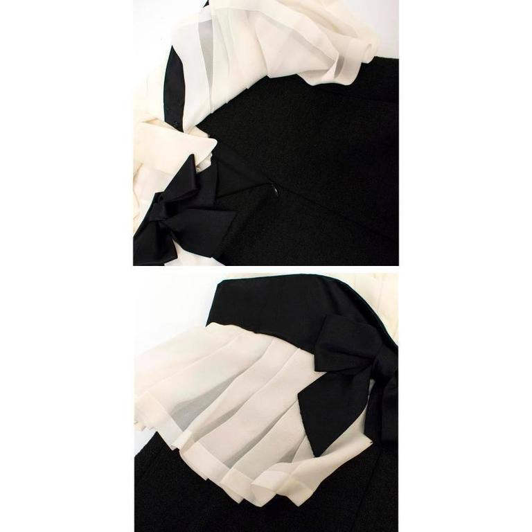Chanel Black and Cream Dress with Black Bow Detail 6