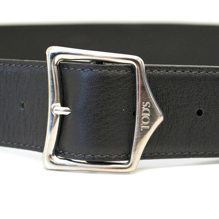 Tod's Black Leather Belt In New Condition For Sale In London, GB