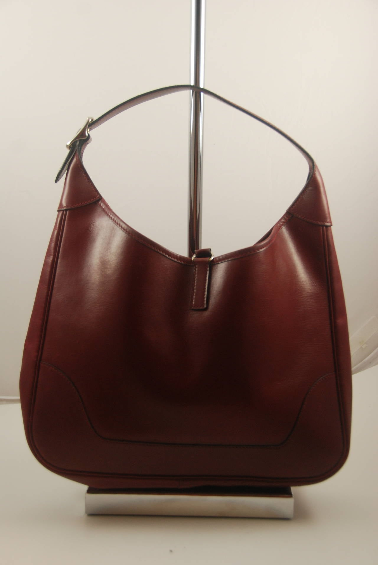 Vintage Hermes Burgundy Trim Bag in Box Leather 30 cm For Sale at ...