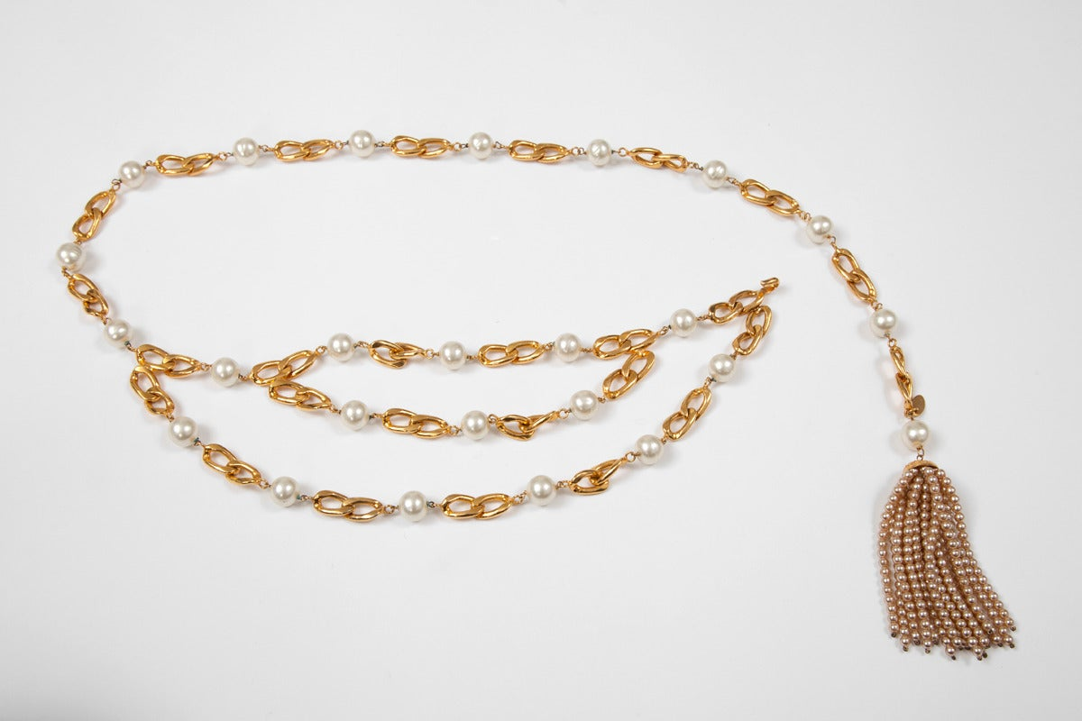 Beige Chanel Goldtone Link Chain Belt With Pearls For Sale