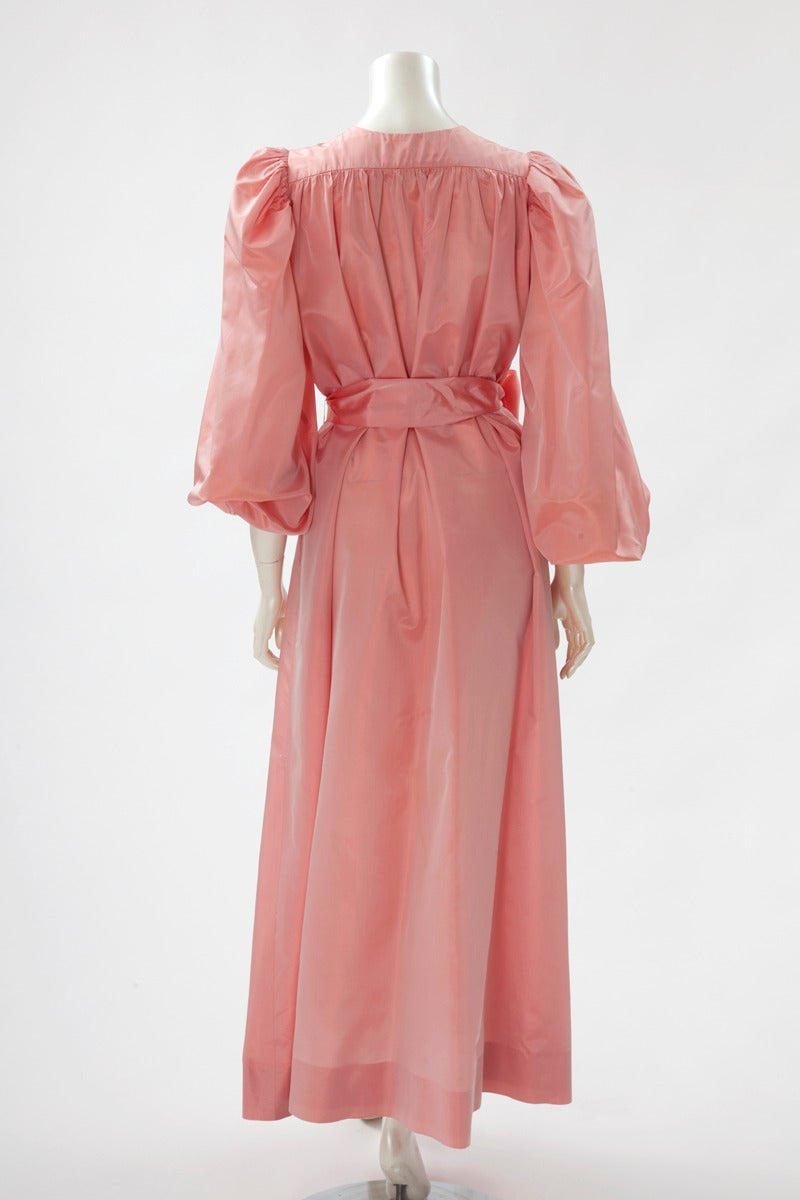 Yves Saint Laurent Silk Taffeta Gown In Fair Condition For Sale In Geneva, CH