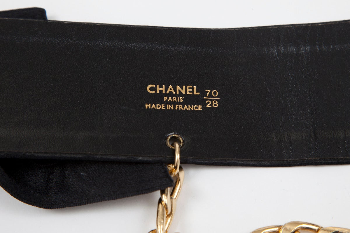 Chanel Bow-Embellished Leather & Silk Waist Belt, Spring-Summer 1993 For Sale 2