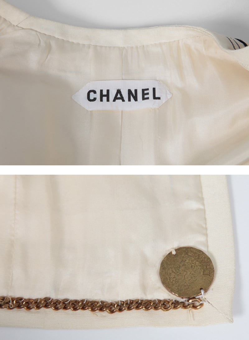 Gabrielle Chanel Haute Couture Three Piece Skirt Suit, Circa 1968-1970 For Sale 5