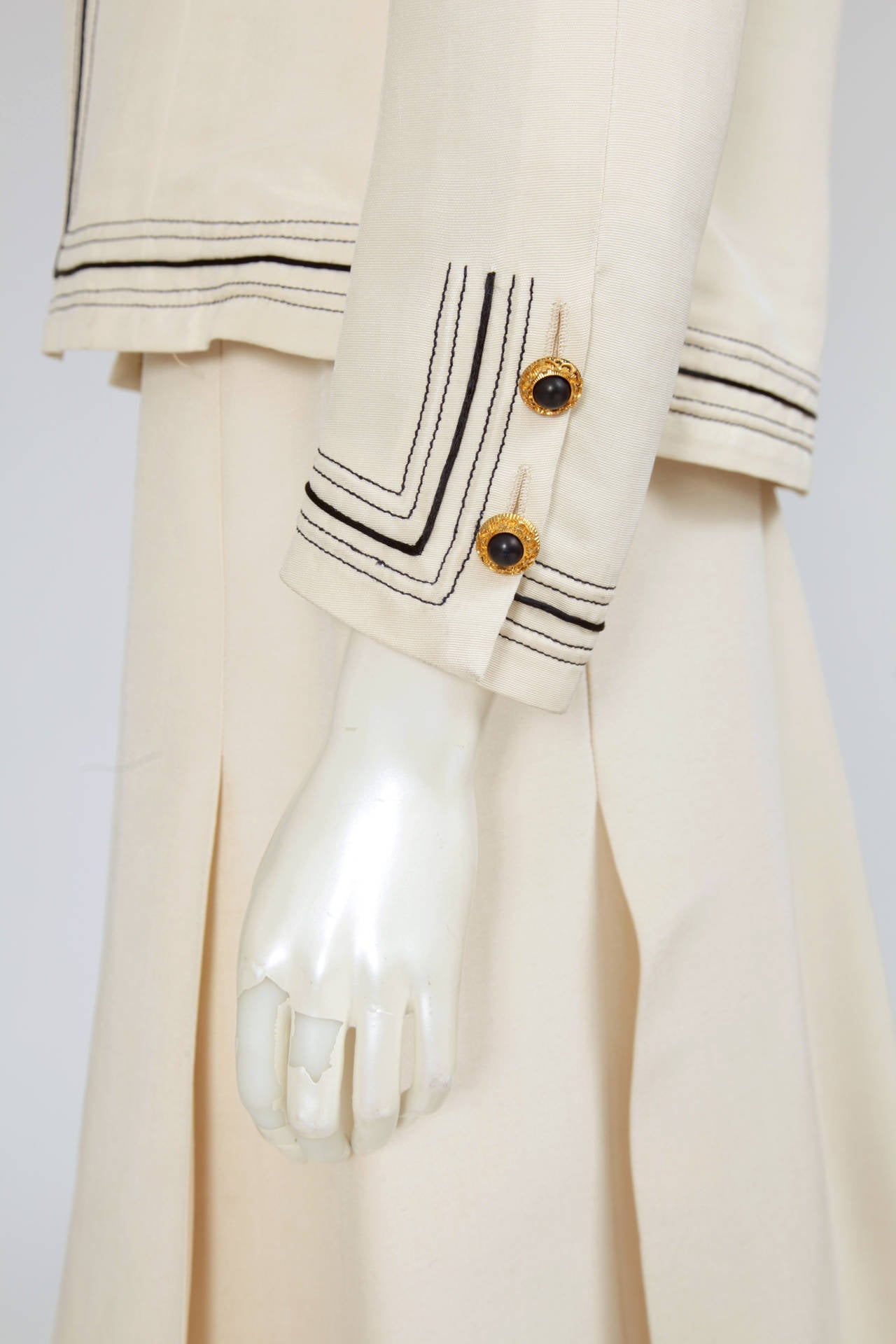 Women's Gabrielle Chanel Haute Couture Three Piece Skirt Suit, Circa 1968-1970 For Sale