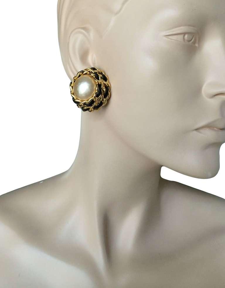 Women S Chanel Oversized Clip On Earrings For