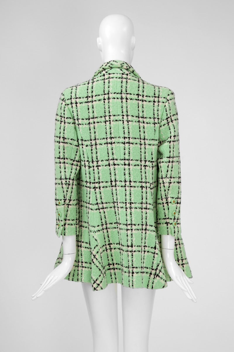 Chanel Tweed Long Jacket, Spring-Summer 1994 In Excellent Condition For Sale In Geneva, CH