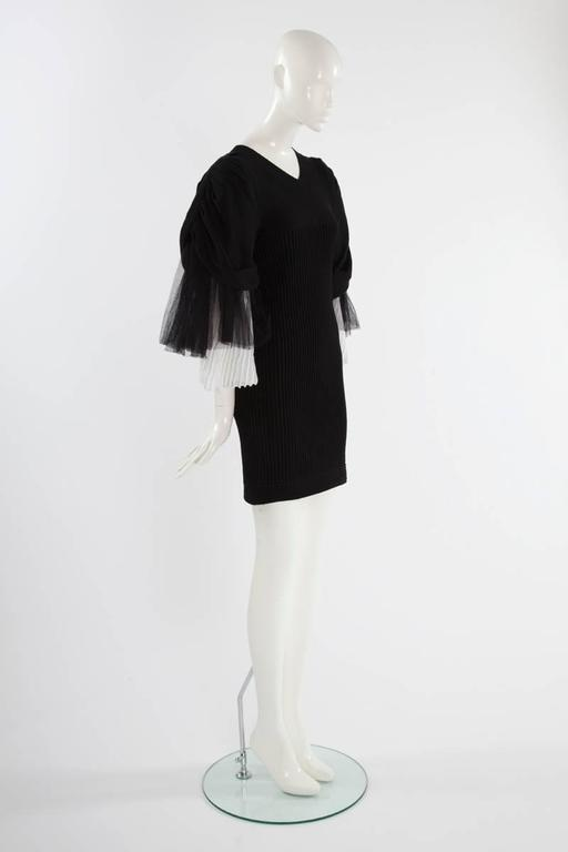 Chanel Runway Knit & Tulle Mini Dress, Spring-Summer 2009 In Excellent Condition For Sale In Geneva, CH