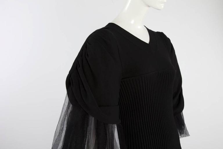 Women's Chanel Runway Knit & Tulle Mini Dress, Spring-Summer 2009 For Sale