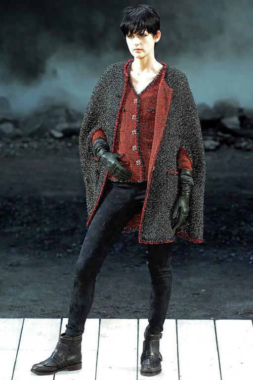 Chanel Runway Tweed Jacket, Fall-Winter 2011-2012  10