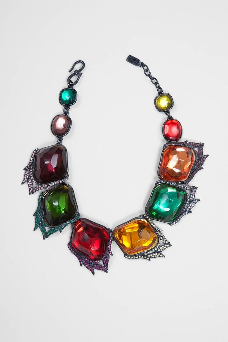Yves Saint Laurent Leaves Necklace In Excellent Condition For Sale In Geneva, CH