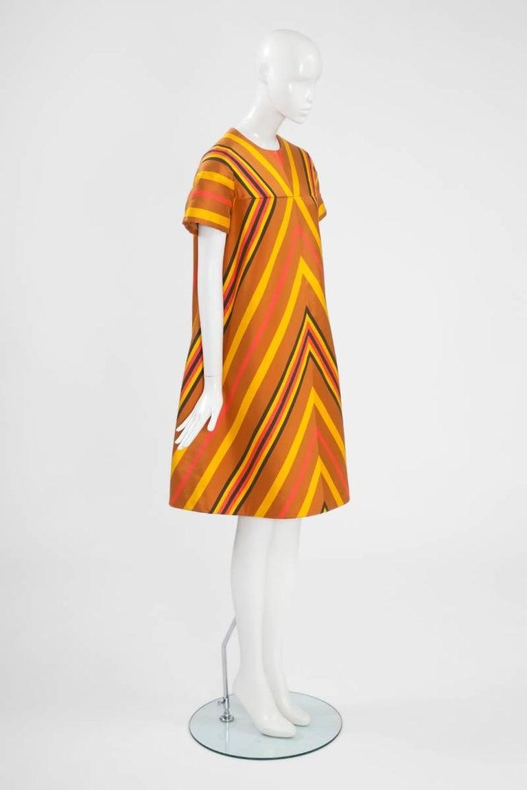 Guy Laroche Haute Couture Silk Dress, Spring-Summer 1967 In Excellent Condition For Sale In Geneva, CH