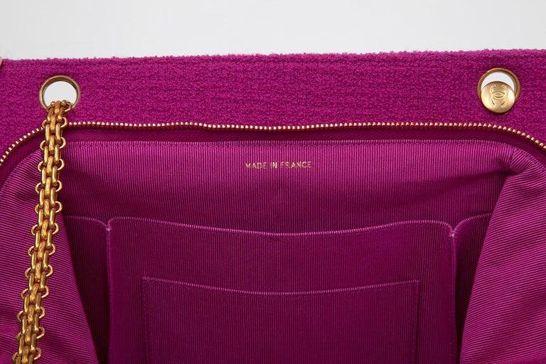 Chanel Tweed Shoulder Bag, Spring-Summer 1994  For Sale 6