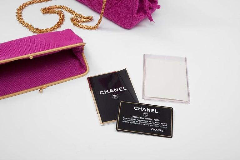 Chanel Tweed Shoulder Bag, Spring-Summer 1994  For Sale 8