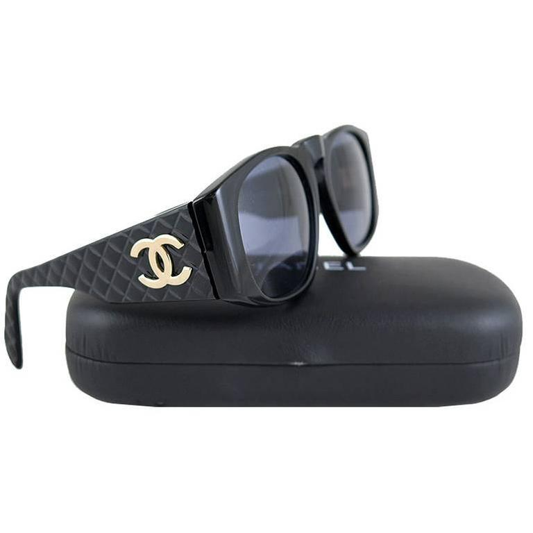 Chanel Black Matelasse Gold CC Sunglasses For Sale