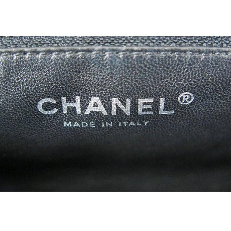 Chanel Black Distressed Patent Leather CC Timeless Clutch Bag 4